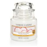 Doftljus Yankee Candle Snow in Love